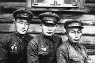 Младшие командиры ЯНВШ