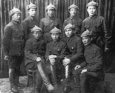 группа курсантов янвш 1929 1930 год якутск 1
