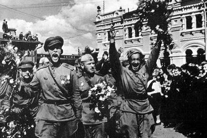 солдаты День Победы копия